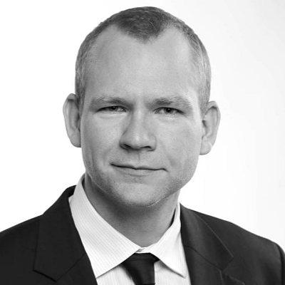 Dr. Alexander Fink