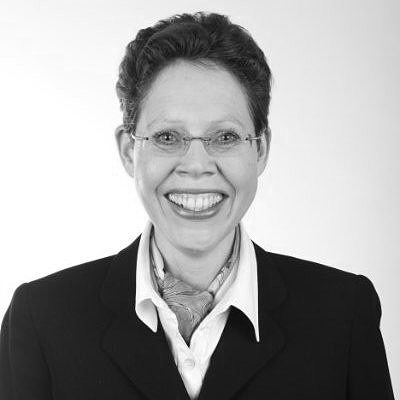 Dr. Christina M. Arndt