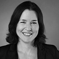 Dr. Christina Boll